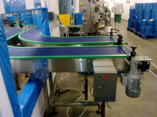 Twin Strand Intralox Conveyor system for the food industry3